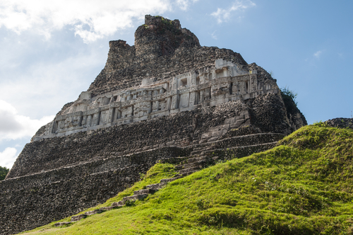 Pyramide El Castillo in Xunantunich